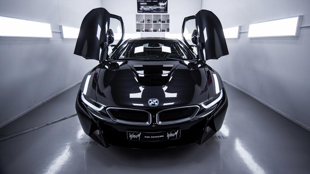 Car detailing BMW I8
